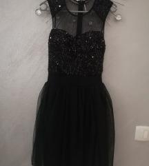 Crna šljokasta haljina