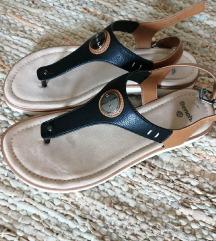 SNIŽENO! Nove sandale