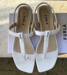 Furla sandale br. 41