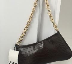 Zara hit smeđa torbica sa etiketom