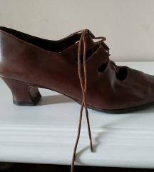 Vintage retro smeđe cipele sandale