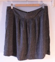 Lepršava mini suknja na točke