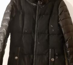 Pernata crna jakna SOliver