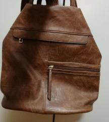 Smeđa vintage torba idealna za jesen
