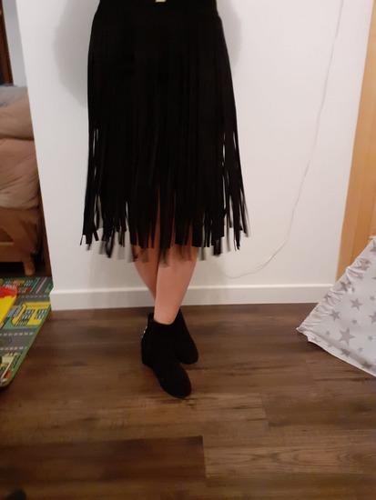 Kožna suknja sa resama