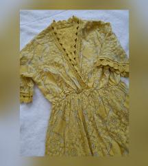 Žuta prekrasna haljinica