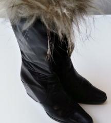 Crne kožne čizme puna peta sa krznom 38