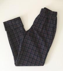 Bershka hlače XS