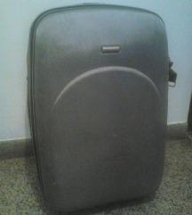 Putni kofer dim. 70 x 45 x 30 cm