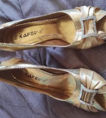 Zlatne sandale 38