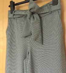 Divne ZARA cullotes hlače pepita uzorka, XS