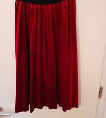 Suknja od crvenog pliša