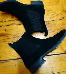 Ugg cizme 40 prodaja lii zamjena