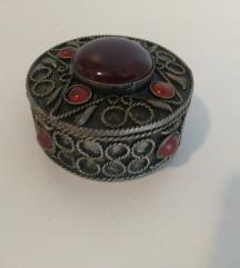 Unikatna kutijica za nakit