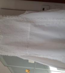Lijepa Zarina bijela bluzica