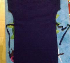 Tamnoplava pletena haljina s etiketom 42