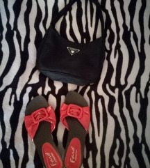 Crvene ljetne sandalice
