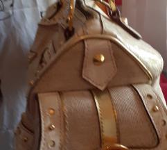 Guess torba srednje velicine