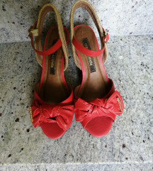 Crvene sandale cravo&canela