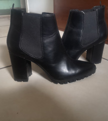 Crne čizme 41