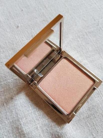 Jouer Cosmetics - Powder Highlighter