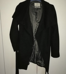 Crni elegantni kaput
