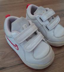 Nike tenisice vel. 19.5