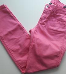Roze traper hlače