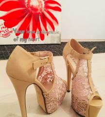 Cipele-visoka peta