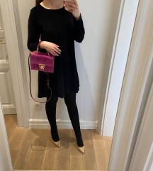 Crna šivana pliš haljina