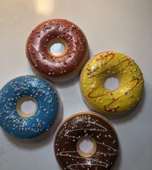 I Heart Revolution paleta sjenila - Donuts