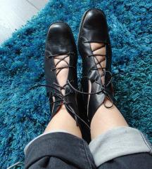 Kožne cipele vel 40