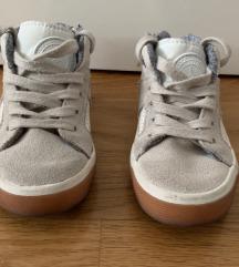 Visoke cipele Zara vel 23