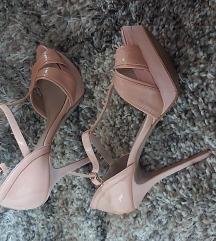 Nove, Zara nude sandale 41