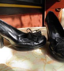 Cipele lakirane