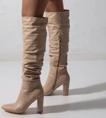 Prodajem Simmi nove cizme do koljena bež