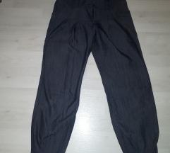 Sive hlače (uključena ppt)