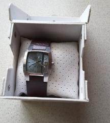 Original, Diesel sat u original kutiji