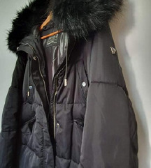 Nova Guess zimska jakna s kapuljačom