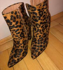 Leopard gležnjače