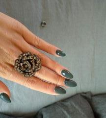 prsten sa cirkonima