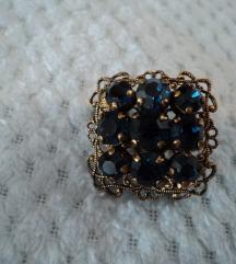 Vintage broš s kristalima