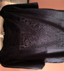 H&M crna plišana Velvet majica