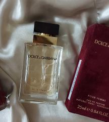 Dolce & Gabbana Pour Femme EdP 25 ml + Chanel lak