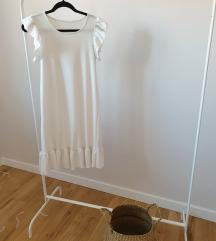 Bijela haljina s volanom