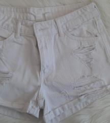 Bijele kratke H&M hlače