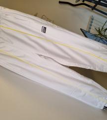 Adidas bijela trenirka M NOVO