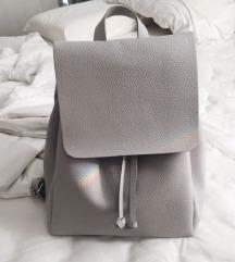 ZARA minimalistički sivi ruksak