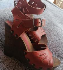 Kožne sandalice na punu petu