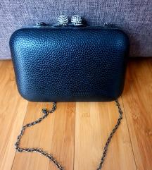 Crna elegantna torbica